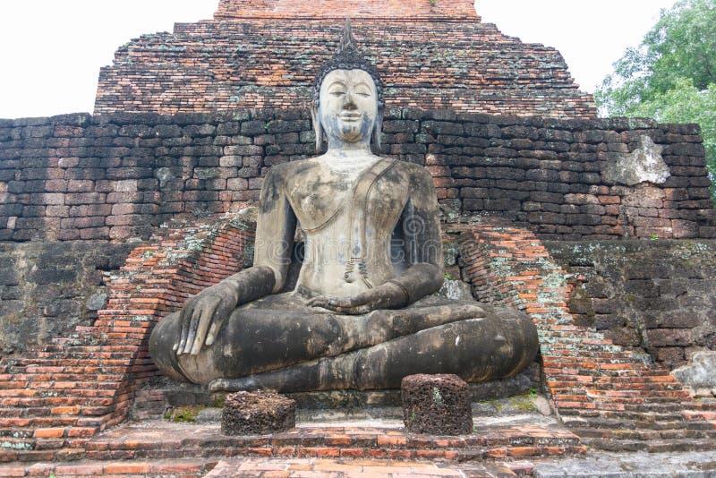 Capital antiga das estátuas velhas da Buda de Sukhothai Tailândia fotos de stock