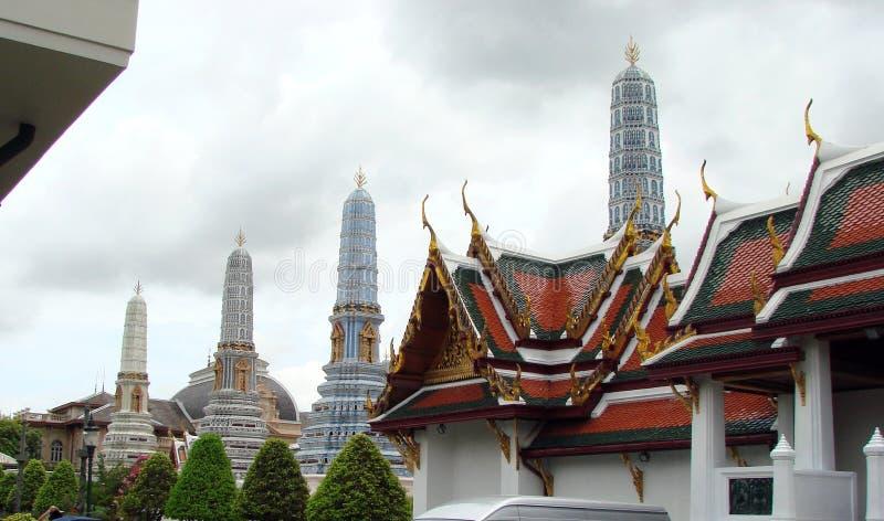 A capital de Tailândia é a cidade de Banguecoque Beleza e grandeza do palácio real fotografia de stock royalty free