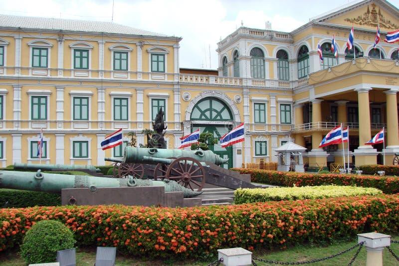 A capital de Tailândia é a cidade de Banguecoque Beleza e grandeza do palácio real fotos de stock