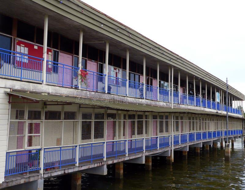 Capital du Brunei : Bandar. École de Kampung Ayer (2of2) images libres de droits