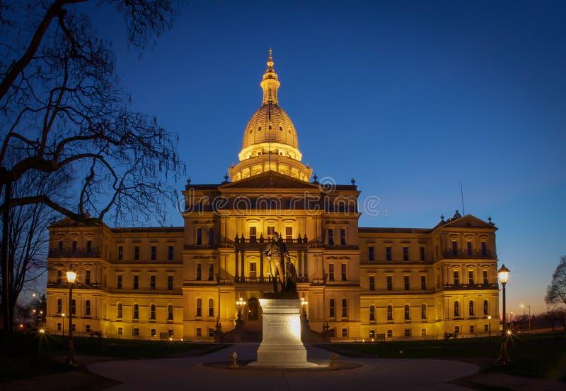 Capitale du Michigan la nuit photographie stock libre de droits