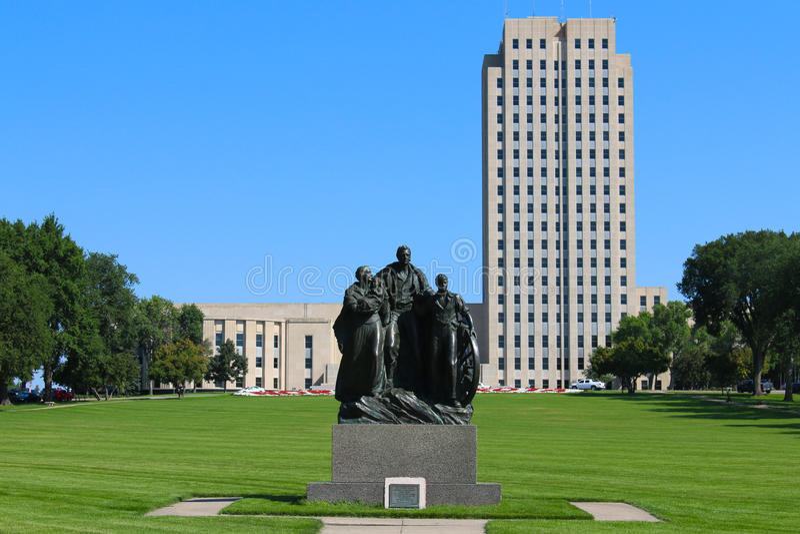 Capitol d'état du Dakota du Nord photo libre de droits