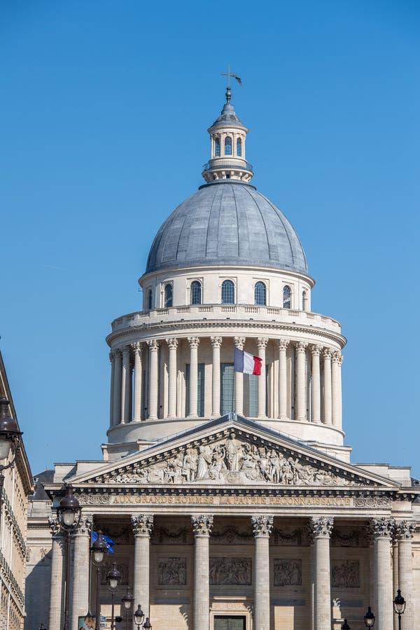 Capitol de Panthéon de Paris avec le drapeau français images libres de droits