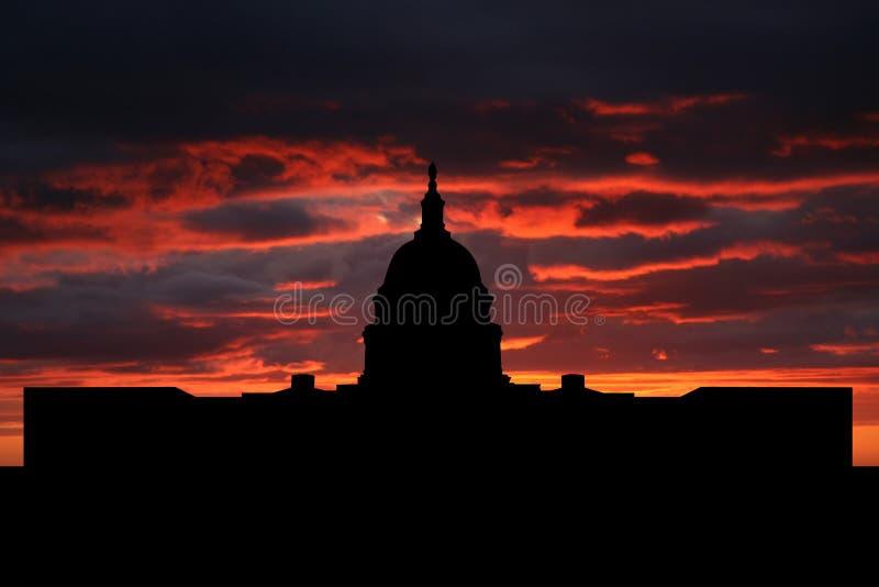 Capitol des USA au coucher du soleil illustration de vecteur