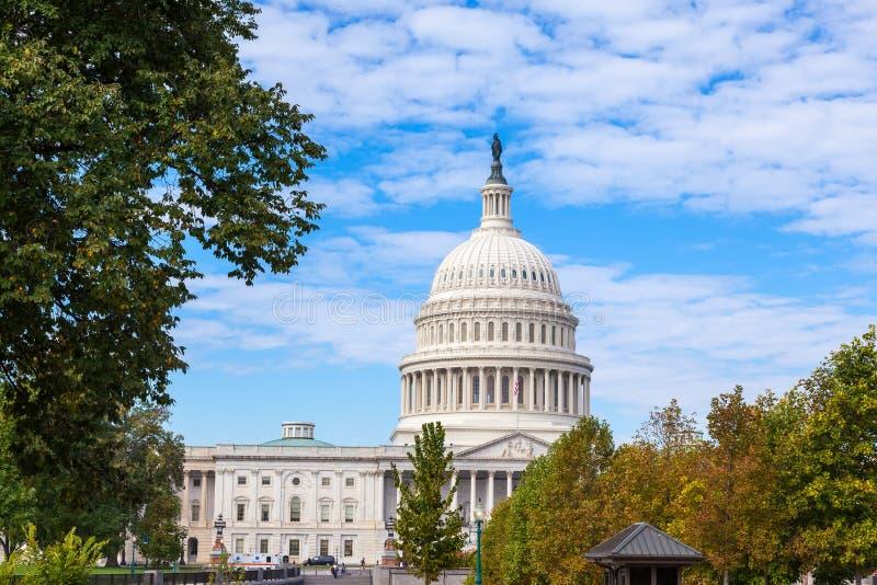 Capitol Etats-Unis construisant au jour Washington DC, Etats-Unis image stock