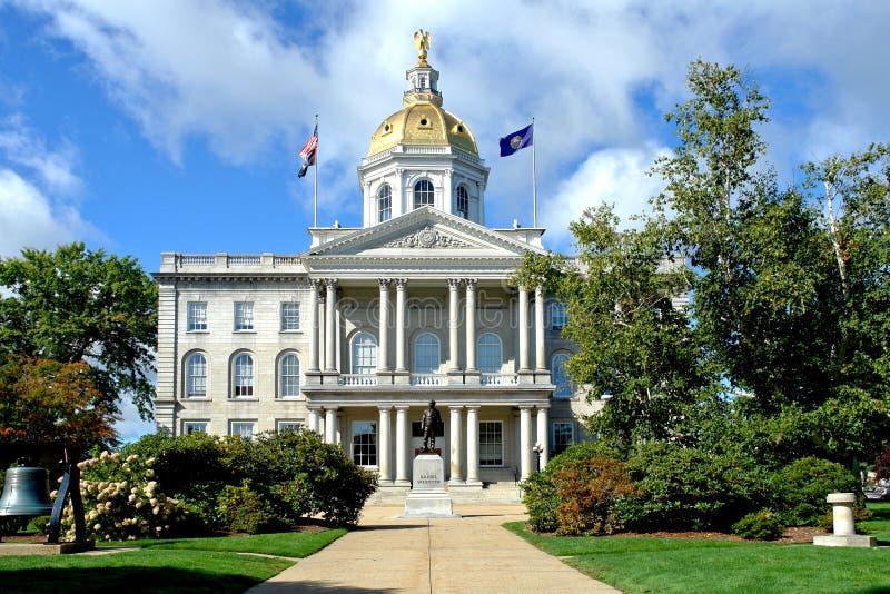 Capitol New Hampshire d'état dans l'accord photographie stock