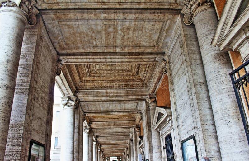 Capitoline博物馆柱廊罗马意大利 图库摄影