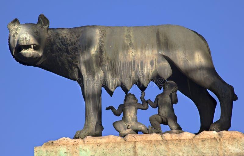 Capitoline Wolf Romulus Remus Statue Rom lizenzfreies stockbild