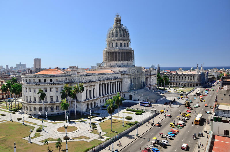 Capitolio av havannacigarren, Kuba royaltyfri bild