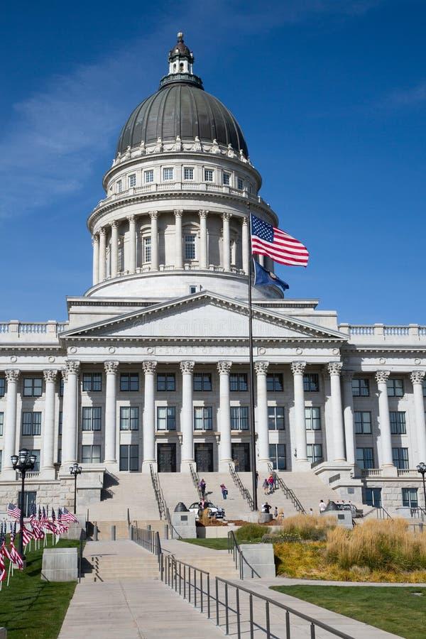 Capitolio del estado de Utah en la noche 1 imágenes de archivo libres de regalías