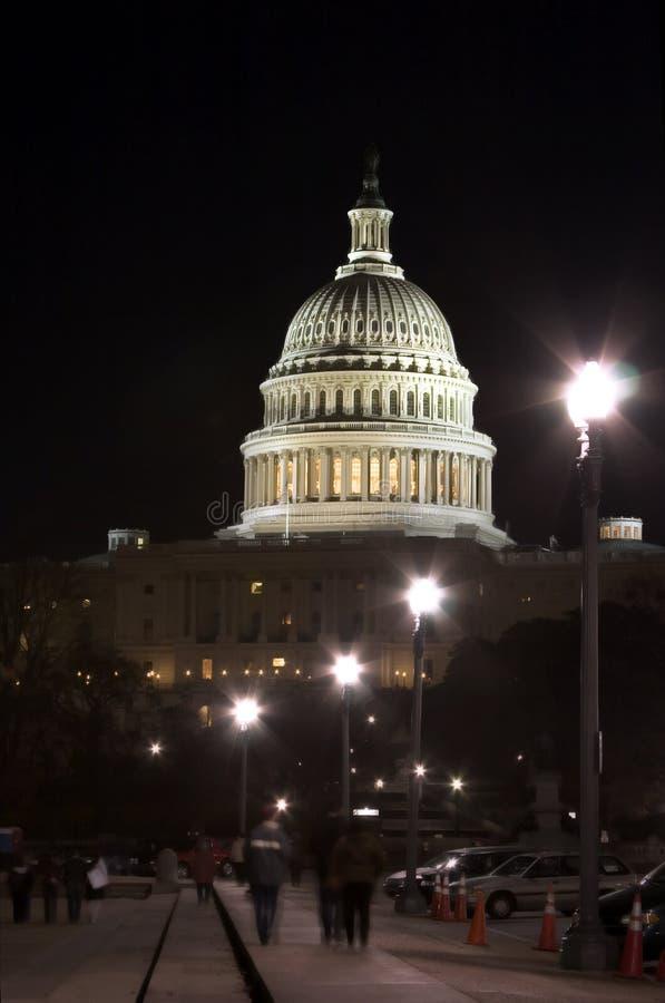 Capitolio en la noche (Washington DC) imagen de archivo