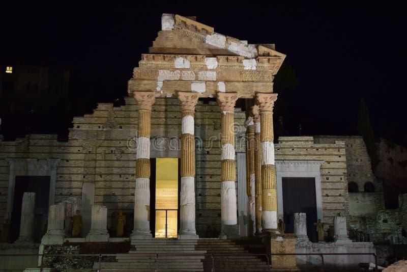 Capitolium de Panthéon à Brescia photos stock