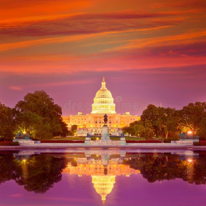 Capitool het Washington DCcongres van de de bouwzonsondergang royalty-vrije stock afbeelding