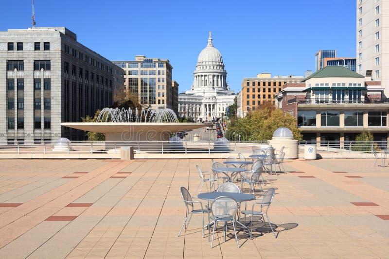 Capitool Wisconsin, van dak van Monona Terras stock afbeelding
