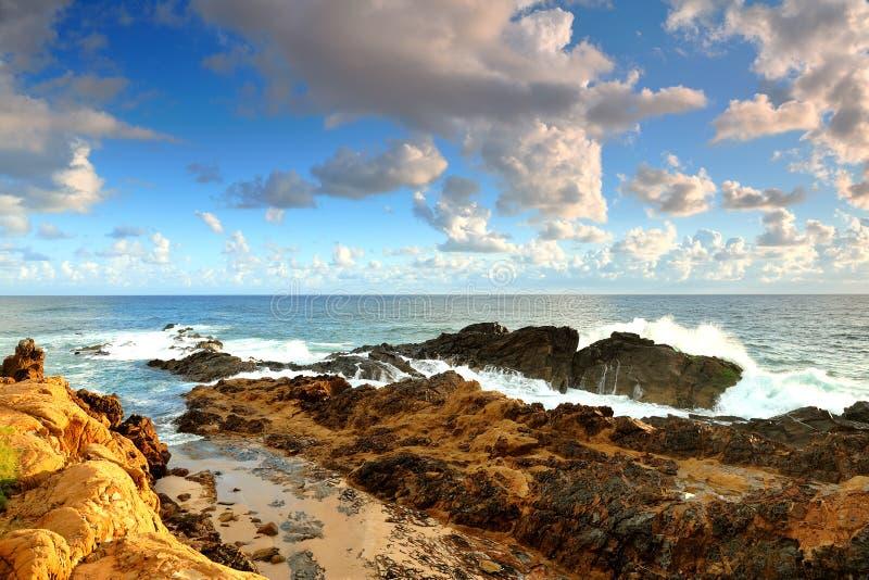 Capo Byron in sole di mattina a Byron Bay fotografie stock
