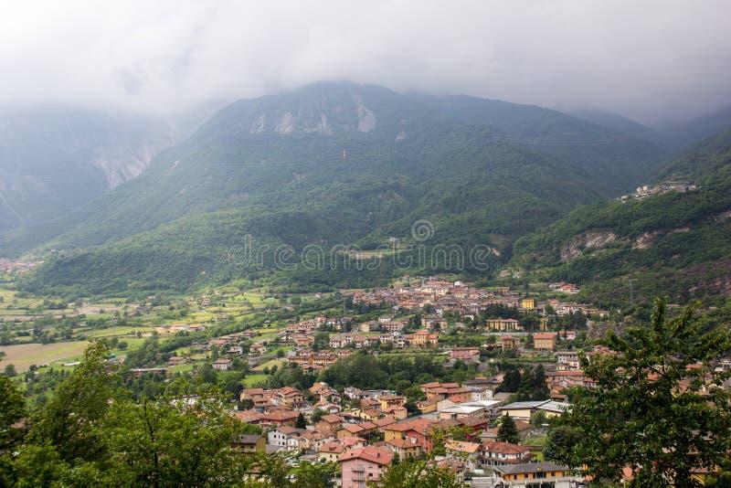 Capo di Ponte, Alpes de l'Italie photo libre de droits