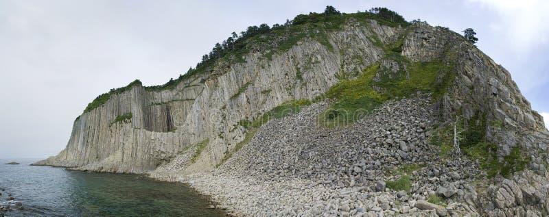 Capo Stolbchatyy. Kurily, isola Kunashir fotografie stock libere da diritti