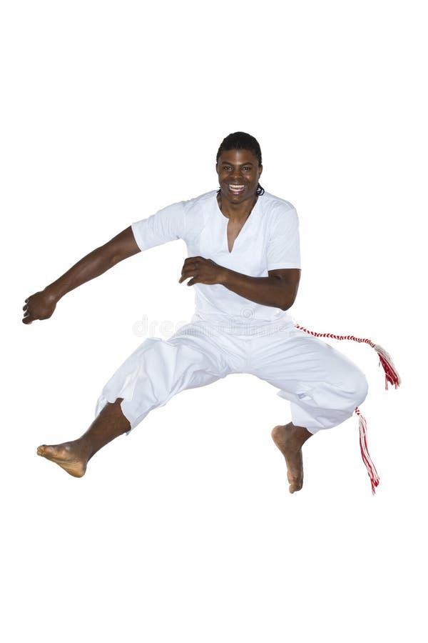 Download Capoeira, бразильский человек, белые брюки Стоковое Фото - изображение насчитывающей спорт, игра: 40575510