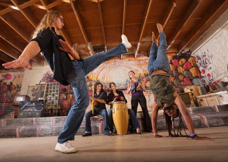 Capoeirauitvoerders het Schoppen royalty-vrije stock foto's