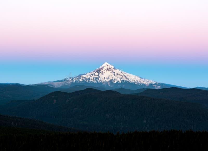 Capot de Mt au coucher du soleil photo libre de droits