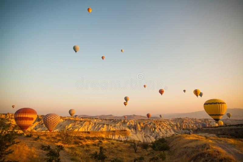 cappadocia μπαλονιών αέρα καυτό στοκ εικόνες