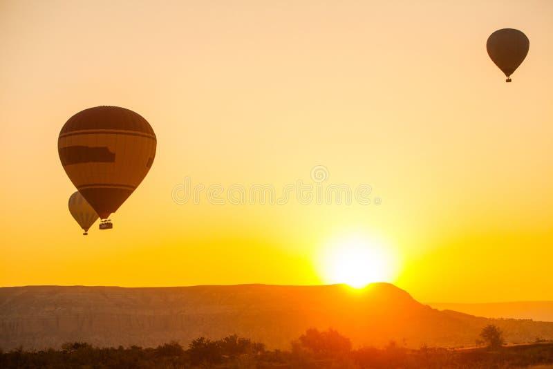 cappadocia μπαλονιών αέρα καυτό στοκ εικόνα με δικαίωμα ελεύθερης χρήσης
