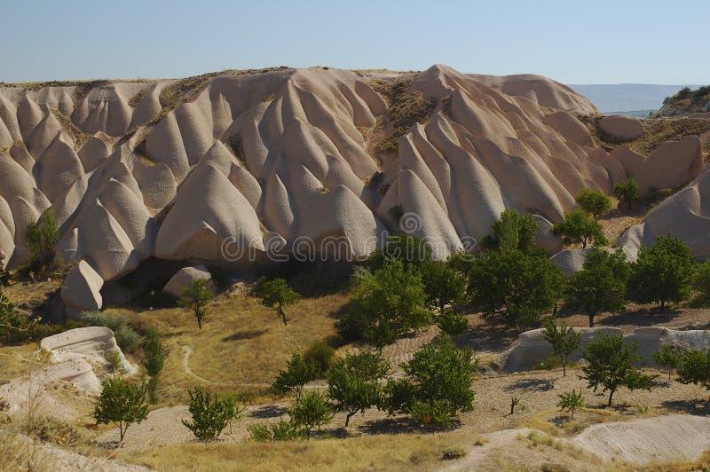 Download Cappadocia zdjęcie stock. Obraz złożonej z niebo, kolumna - 33832