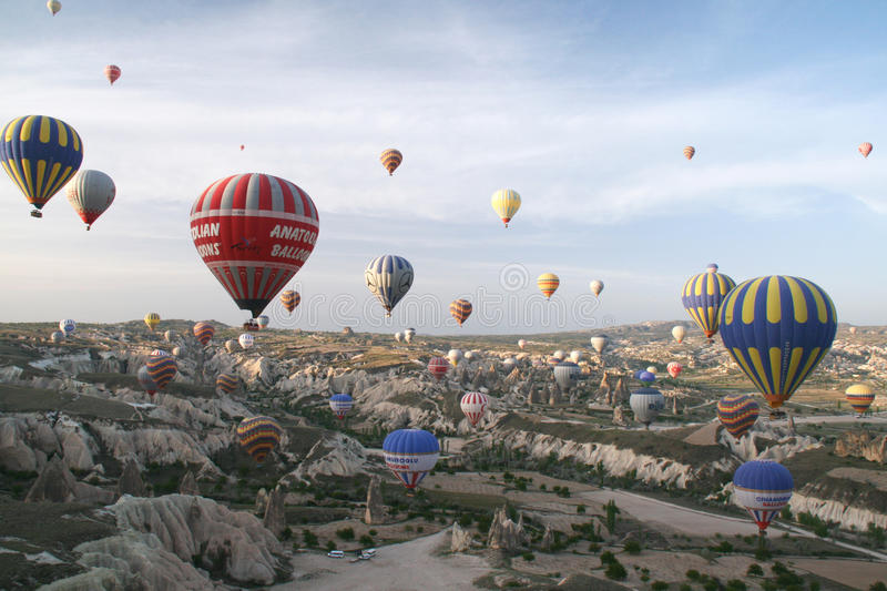 Download Cappadocia Balloons Editorial Image - Image: 24793205