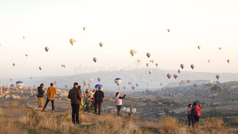 Cappadocia die Türkei Bringen Sie Ballon zur Sprache lizenzfreie stockfotografie