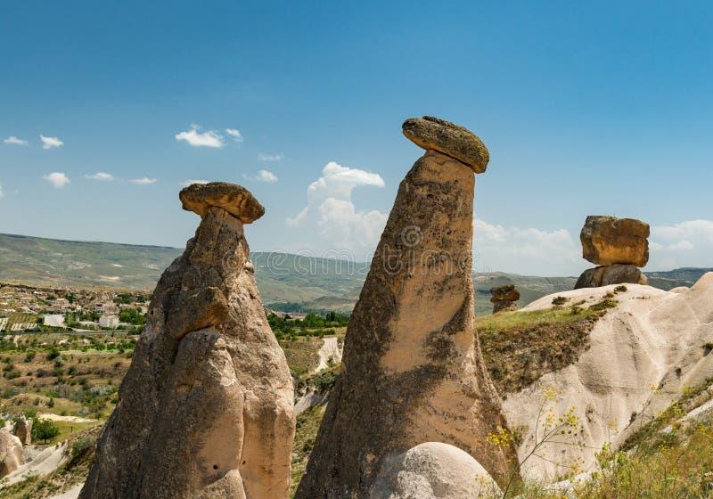 Cappadocia gränsmärke, tvilling- felika lampglas arkivfoto