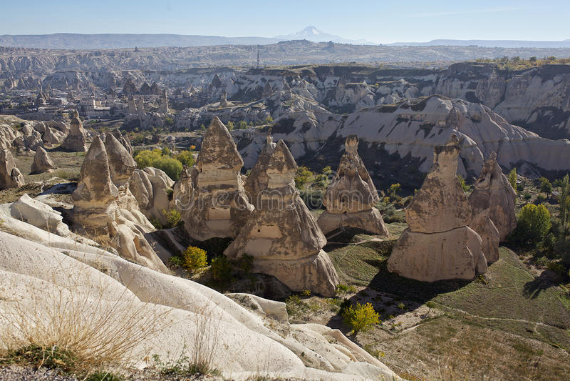Cappadocia: Panoramablick des Goreme-Freilichtmuseums stockbild