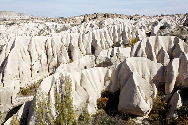 Cappadocia: Rosa dal berg som göras av vind fotografering för bildbyråer