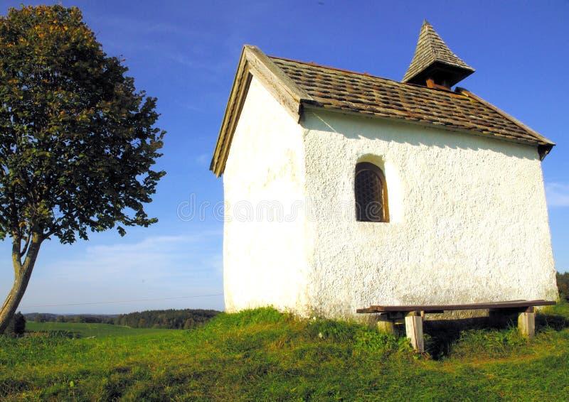 Cappella del villaggio fotografie stock libere da diritti
