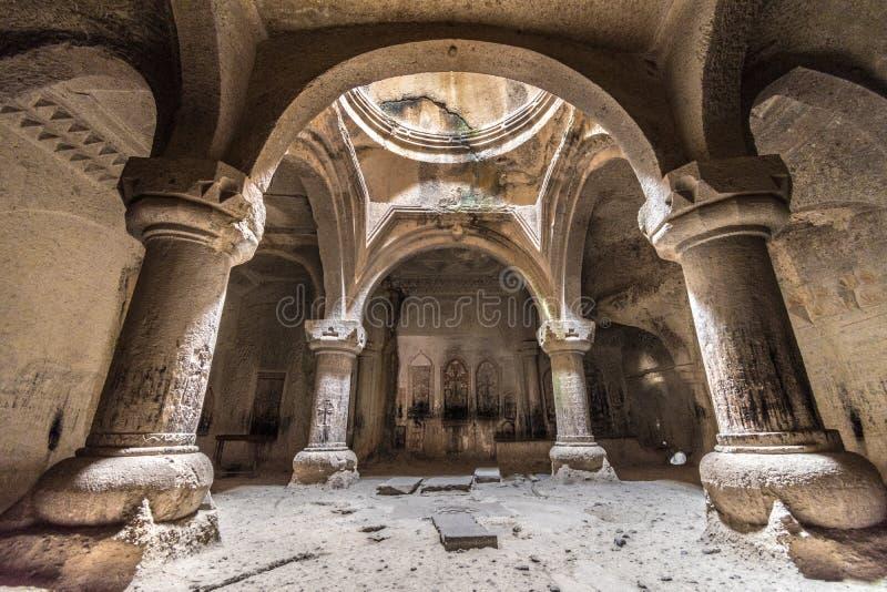 Cappella della caverna dell'interno del monastero di Geghard, Kotayk, Armenia fotografia stock