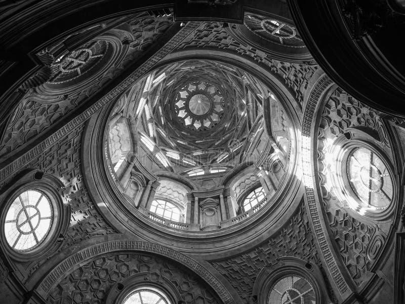 Cappella dellaSindone kupol i Turin i svartvitt arkivbilder