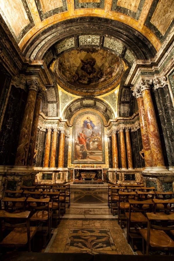 Cappella di Cybo, Santa Maria del Popolo Church roma L'Italia fotografia stock