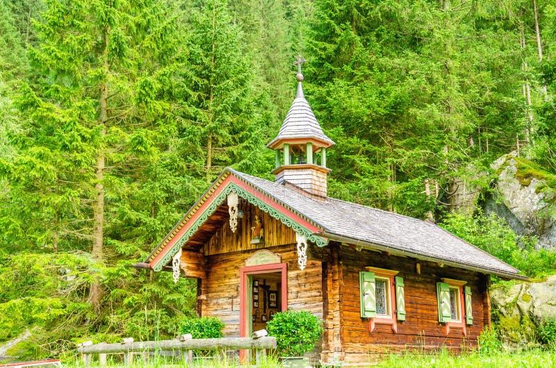 Cappella di legno della montagna, Zillertal, Austria fotografie stock libere da diritti
