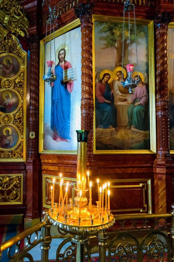 Cappella interna di Nadkladeznaya alla st Sergius Lavra della trinità santa fotografie stock