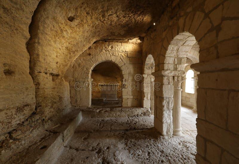 Cappella romanica di St Peter nell'abbazia di Montmajour vicino a Arles, fotografie stock libere da diritti