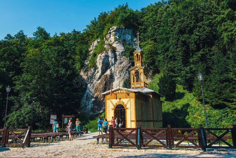 Cappella sull'acqua nel parco nazionale di Ojcow vicino a Cracovia La cappella è stata costruita nel 1901 immagini stock libere da diritti