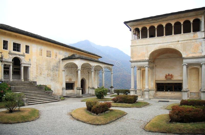 Cappelle di Sacro Monte di Varallo, Italia immagini stock