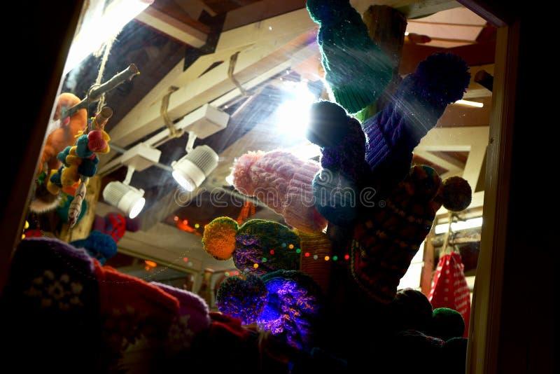 Cappelli caldi a maglia immagini stock