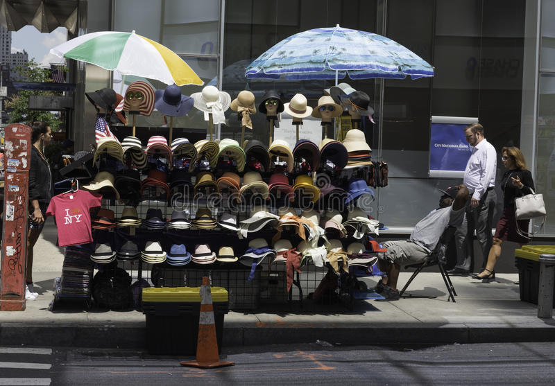 Cappelli da vendere fotografie stock libere da diritti