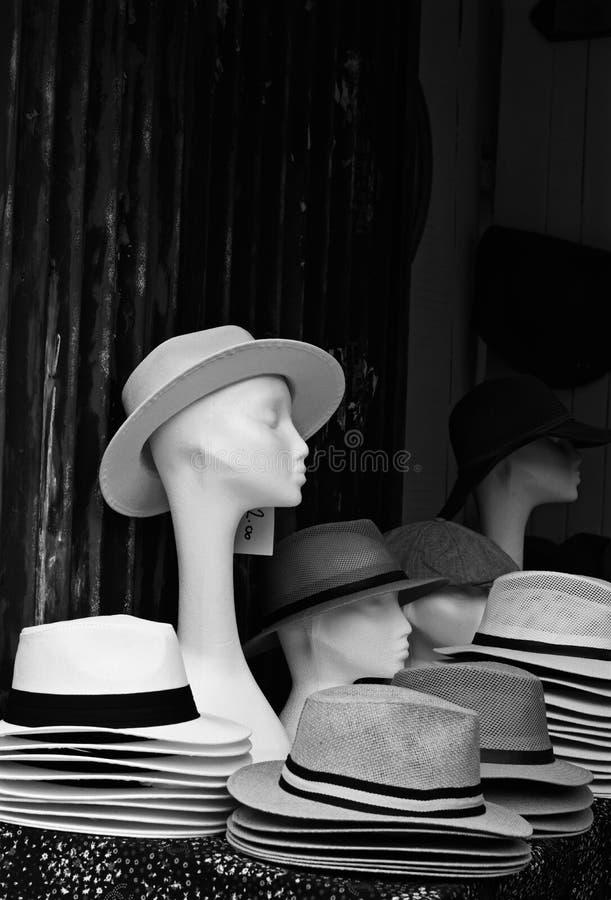Cappelli e manichini fotografia stock