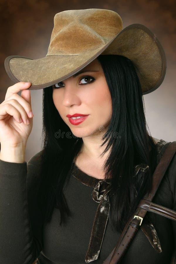 Cappello da portare del bello cowgirl immagine stock