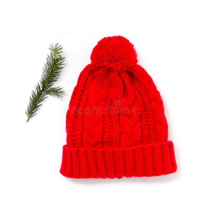 Cappello della lana tricottato rosso isolato su bianco fotografia stock libera da diritti