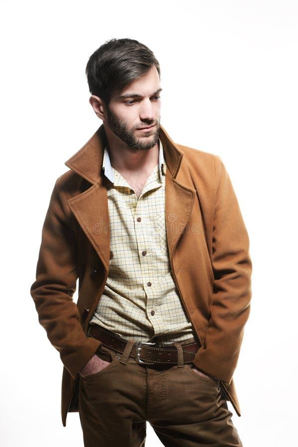 Cappotto casuale del whith dell'uomo fotografia stock libera da diritti