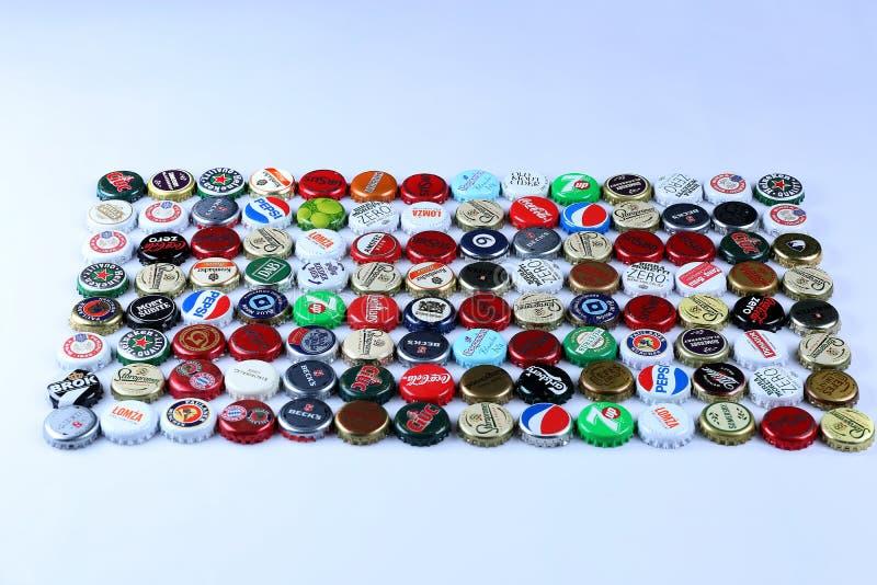 Cappucci della bottiglia di birra fotografie stock libere da diritti
