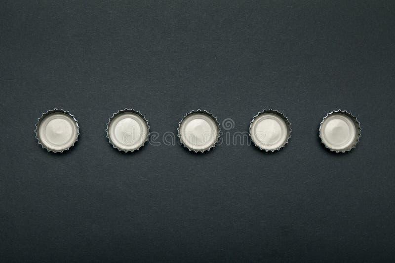Cappucci utilizzati dalle bevande alcoliche Alcolismo, ubriachezza fotografia stock libera da diritti