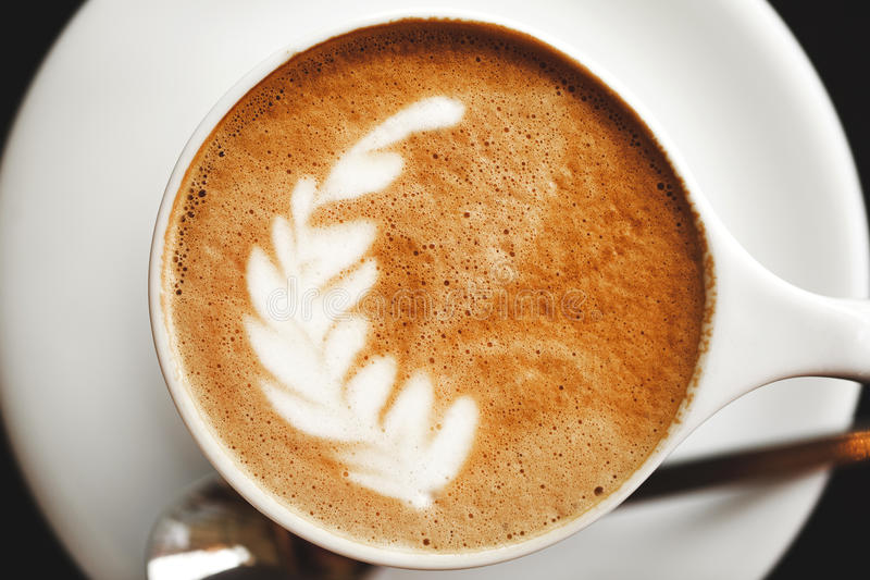 Cappuccino avec la belle mousse images stock